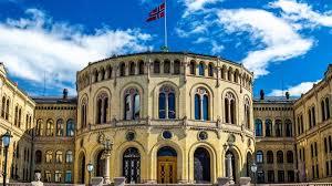 Hackers attack Norwegian parliament - BBC News